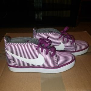 Nike Toki Canvas Sneakers
